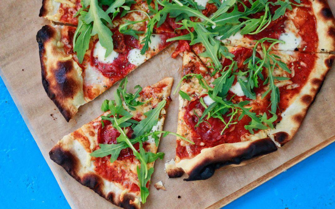 Volandino wins Award at the Super bowl Pizza Hut video contest, the fastest space pizza delivery!