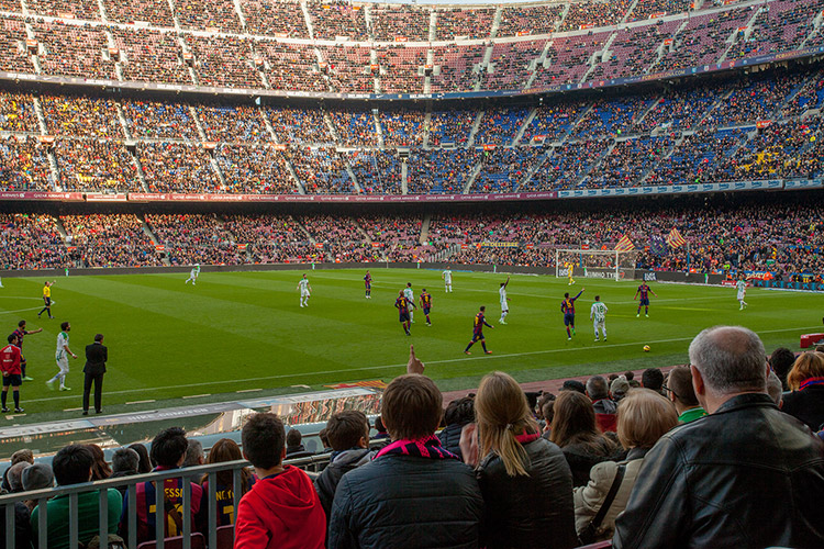 volandino-barcelona-football-stadium-5