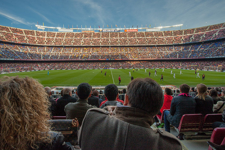 volandino-barcelona-football-stadium-6